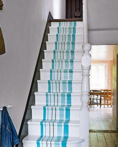 The latest tips and news on painted stairs are on house of anaïs. On house of anaïs you will find everything you need on painted stairs. Stair Decor, Interior Decorating, Interior Design, Decorating Ideas, Decor Ideas, Painted Stairs, Painted Floors, Coastal Living Rooms, Coastal Cottage