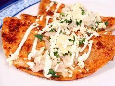 Receta de Enchiladas Potosinas Fáciles   Saborea esta tradicional receta del estado de San Luis Potosí, te encantarán estas enchiladas potosinas por su delicioso relleno y la exquisita salsa roja.