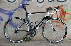 Gir's 2013 G-Max roadbike. Special and terrific machine. We did a review on it; http://racefietsblog.nl/racefietsblog-test-girs-g-max-racefiets/