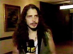 chris cornell Chris Cornell Young, Music Aesthetic, Most Beautiful Man, Kurt Cobain, Interview, Singer, Wave, People, Grunge