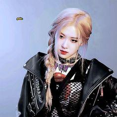 Blackpink # Check more at Lisa Black Pink, Black Pink Kpop, Black Pink Rose, Kpop Girl Groups, Korean Girl Groups, Kpop Girls, Girls Generation, Foto Rose, Rose And Rosie