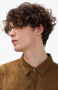 25 Sexy Curly Hairstyles & Haircuts for Men - Short Hair Styles Wavy Hair Men, Boys With Curly Hair, Curly Hair Cuts, Short Curly Hair, Short Hair Cuts, Curly Hair Styles, Men's Hair, Short Perm, Long Hair