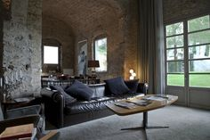 Riva Lofts, Florence, design lofts to rent. The living room