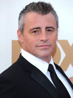 Another maybe to be a brother in law to Scotty, with Scotty's sister, MlB's character's wife, played by Drew Barrymore. Celebrity Film, Celebrity Pictures, Gorgeous Men, Beautiful People, Haircuts For Men, Men's Haircuts, Matt Leblanc, Clean Shaven, Celebs