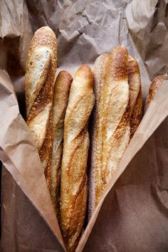 Learn To Cook With These Easy Tips. Regardless of the reason you want to cook, it is good to have information. Bread Bun, Bread Rolls, Artisan Boulanger, Pittsburgh Food, Rustic Bread, Our Daily Bread, Fresh Bread, Artisan Bread, Croissants
