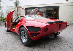 1967 Alfa Romeo Tipo 33 Stradale Continuation – Men's Gear