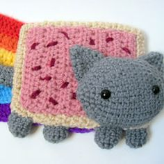 Pop Tart Cat (nyan cat) Scarf amigurumi crochet pattern by MevvSan