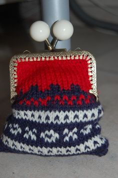 . Norwegian Knitting, Knitted Bags, Norway, Coin Purse, Camping, Purses, Boutique, Pattern, Design