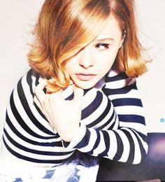 Chloe Moretz--  Amazing stripes & hair.