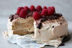 Koolhydraatarme Tiramisu taart Healthy Pastry Recipe, Pastry Recipes, Healthy Baking, Low Carb Desserts, Sweet Desserts, Low Carb Recipes, Delicious Desserts, Healthier Desserts, Pie Dessert
