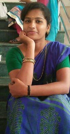 Beautiful Girl Indian, Most Beautiful Indian Actress, Beautiful Actresses, Most Beautiful Women, Beautiful Saree, Beautiful Body, Actresses With Brown Hair, Red Haired Actresses, Beauty Full Girl