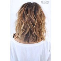 20 New Wavy Hairstyles for Short Hair ❤ liked on Polyvore featuring hair