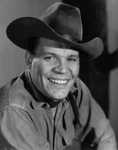 Neville Brand - Biography Brand in D. Neville Brand (August 1920 - April was an American television and movie Hollywood Actor, Hollywood Stars, Classic Hollywood, Old Hollywood, Hollywood Icons, Western Film, Great Western, Western Movies, Western Art