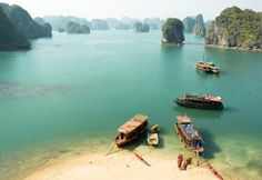 The beautiful beaches of Vietnam are inarguably the country's most prized possessions as they attract millions of foreign visitors each year and contribute to the unique charm of Vietnam. Check out the top 10 most beautiful beaches throughout Vietnam, vot Vietnam Voyage, Vietnam Travel, Asia Travel, Vietnam Tourism, Travel Nepal, Best Places To Travel, Places To See, Destination Voyage, Most Beautiful Beaches