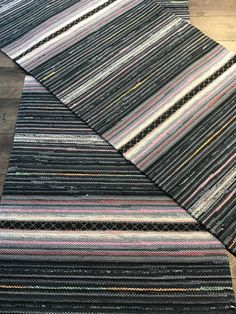 Rag Rugs, Woven Rug, Hand Weaving, House, Clothes, Farmhouse Rugs, Rugs, Rug Weaves, Outfits
