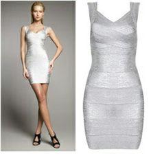 Zilver jurk €100,-