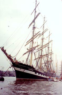 THAMES LONDON, TALL SHIPS