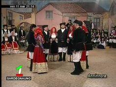 """Gruppo Folk """"Tradizioni popolari"""" di Baunei - Ballu Cantau"""