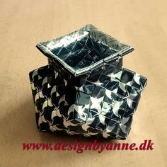 Ottekantede vaser Upcycle, Decorative Boxes, Container, Vase, Home Decor, Upcycling, Paper Envelopes, Totes, Paper Basket