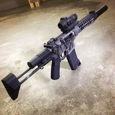 By @vandunkjr @magpod on the SBR from @rebelarmscorp . @sagedynamics was right Magpods are awesome ! #magpod #sbr #auto #griffinarmy #griffinarmament #rebelbase #rebelarmscorp #aimpoint #compm4 #magpul #ccs