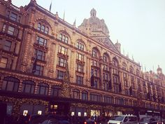 Harrod's luxury shopping mall at Christmas