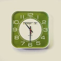 GoodFinds - Seth Thomas Mid Century Wall Clock - Made in USA