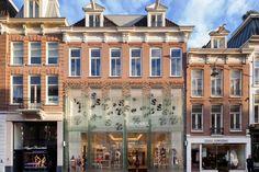 MVRDV derrumba un edificio en Amsterdam y lo levanta de cristal