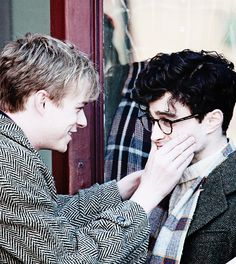 Daniel Radcliffe and Dane DeHaan as Allen Ginsberg and Lucien Carr in Kill Your Darlings Character Aesthetic, Aesthetic Photo, Lucien Carr, Devon Bostick, Kill Your Darlings, Matthew Healy, Miss U So Much, Dane Dehaan, Nick Robinson