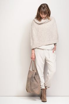 Perfect sweater and bag!
