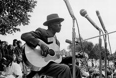 Skip James 1902 - 1966 - De website van moonfrockmusic