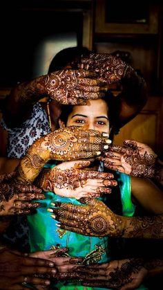 Mehendi clicks Brides Must have on Mehendi Photography Mehendi Photography, Indian Wedding Couple Photography, Bride Photography, Photography Courses, Creative Photography, Photography Ideas, Indian Wedding Pictures, Indian Wedding Bride, Telugu Wedding