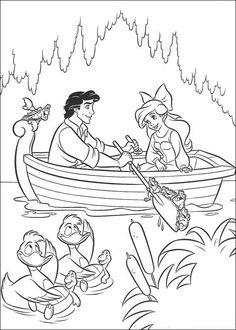 kleurplaat De kleine zeemeermin - Ariel en Eric aan het roeien