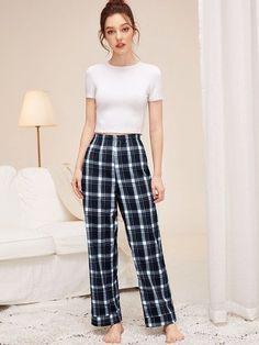 Not only does it make you feel good when you hang out or work, even when you look good at home, it Flannel Pajama Pants, Plaid Pajamas, Cute Pajamas, Pyjamas, Comfy Pajamas, Cute Sleepwear, Sleepwear Women, Sleepwear Sets, Cute Pajama Sets