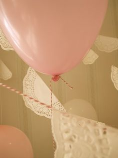 twine in coordinating colors for balloons