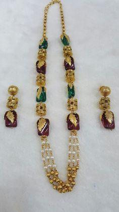 Gold Bangles Design, Gold Jewellery Design, Fancy Jewellery, Gold Jewelry Simple, Antique Jewelry, Beaded Jewelry, Jewelry Trends, Fashion Jewelry, Paint Designs