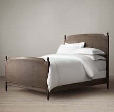 Vienne Caned Bed With Footboard