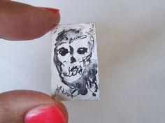 teschio zombie miniatura dipinto ritratto astratto china acquerello mini quadro 1:12 horror casa bambole collezione gotico lasoffittadiste