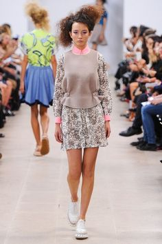 See the complete Julien David Spring 2015 Ready-to-Wear collection.