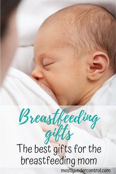 Looking for the best breastfeeding gifts for your friend? Here is an amazing list of gifts for the breastfeeding mom! Easy and useful. Looking for the best breastfeeding gifts Breastfeeding Classes, Stopping Breastfeeding, Breastfeeding And Pumping, When To Stop Breastfeeding, How Long To Breastfeed, Gifts For New Moms, Baby Time, Baby Sleep, Mom And Dad