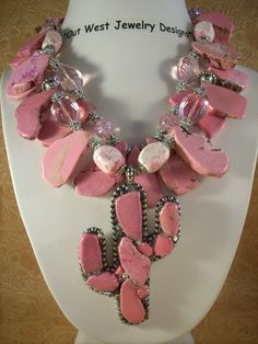 Chunky Pink Cowgirl Necklace!---- love it! But in a different color
