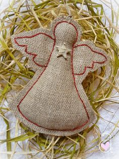 Christmas angels out of burlap. Talk to LiveInternet - Russian Service Online Diaries Burlap Christmas Ornaments, Homemade Christmas Decorations, Angel Ornaments, Rustic Christmas, Christmas Makes, Christmas Angels, Faith Crafts, Christmas Crackers, Burlap Crafts