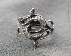 Snake Jewelry, Cute Jewelry, Jewelry Rings, Jewelery, Jewelry Accessories, Jewelry Design, Metal Jewelry, Animal Rings, Snake Ring