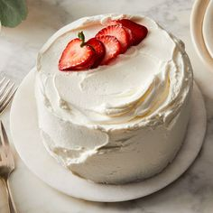 Korean Fresh Cream Cake recipe on Food52 Pretty Birthday Cakes, Pretty Cakes, Cake Birthday, Korean Fresh Cream Cake Recipe, Mini Cakes, Cupcake Cakes, Korean Cake, Korean Food, Cake Recipes