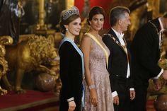 El look de Gala de Doña Letizia con Juliana Awada
