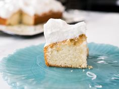 Coconut Cloud Cake Recipe trisha yearwood from Food Network Best Dessert Recipes, Just Desserts, Cake Recipes, Sweet Recipes, Mini Cakes, Cupcake Cakes, Cloud Cake, Food Cakes, Savoury Cake