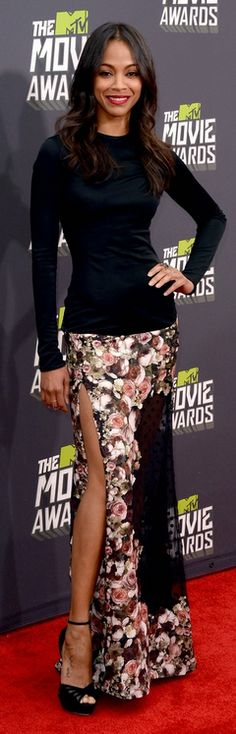 Who made  Zoe Saldana's black long sleeve top, lace maxi skirt, sandals, and jewelry that she wore to the 2013 MTV movie awards?