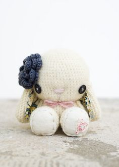 Omg super adorable crochet (or knitted idk ) white bunny- so cute!!  :3