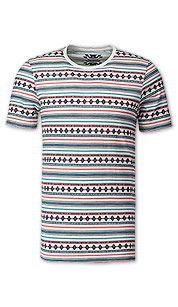 Le vêtement pour homme sous toutes ses coutures est chez C A. Tendance Homme  2017Tenu TendanceT Shirt À RayuresMode Pas CherTendances ... 3037dbc72a1