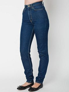 Introducing American Apparel Jeans! A classic style and wash unlike anything else that's been on the market for the last 15 years. Our High-Waist Jean is made from 100% cotton, 14 oz. denim. A heavyweight, non-stretch jean you can wear and wear to get that perfect, broken-in fit and feel. Hitting just above the belly button, these jeans will suck you in and smooth you out.  They should fit nice and tight upon first wear and will loosen up after just a few hours, then return to their original…