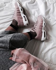 Sneakers : 5 instragammeuses sporty cool à suivre